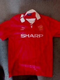 Manchester United football replica shart from early 90s - size L
