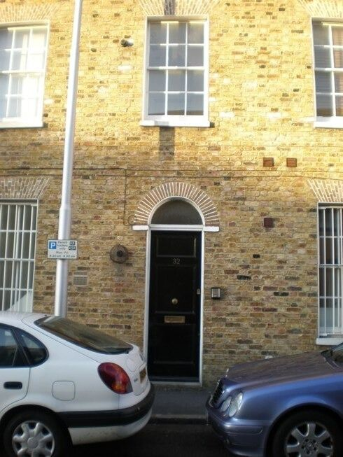 ** Brixton 2 Bed Garden Flat - £365pw **