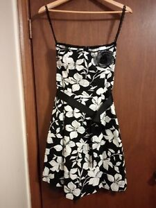 Strapless Suzy Shier Floral Dress