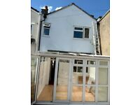 2 bedroom house to rent in Easton