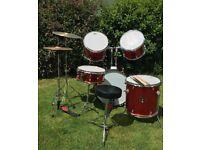 Gear4Music Red Drum Kit / Beginners kit