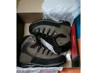 Hiking Boots - Mammut - Size 8.5