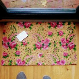 New doormat with pink roses