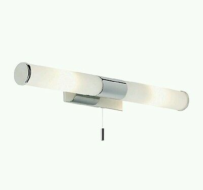 Modern Chrome IP44 Bathroom Wall / Mirror Light Fitting With Pull Switch,