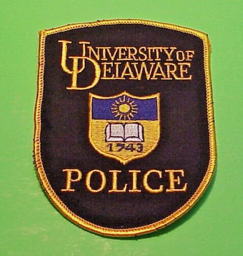 """UNIVERSITY OF DELAWARE  1743  DE  4 3/4""""  POLICE PATCH  FREE SHIPPING!!!"""