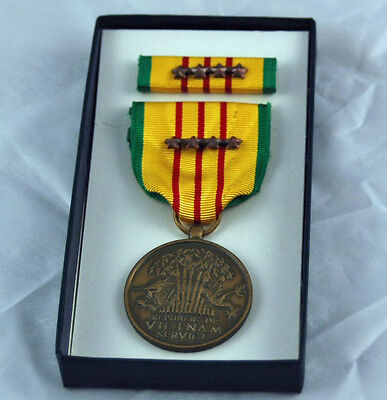 Vietnam Service Medal & 4 Bronze Stars Box Dated 1969