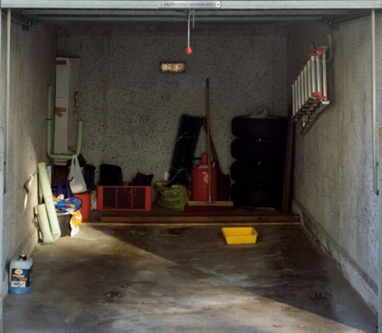 Wanted / Looking for Empty Garage to rent