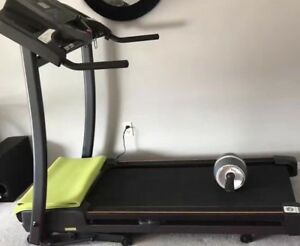 Selling a treadmill Horizon CT-81