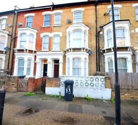 Foster & Edwards present this period 1 bed flat set in one of Brixton's many residential streets.