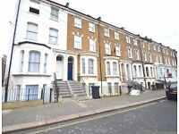 Foster&Edwards present to the rental market this double room set within a 3 storey period maisonette