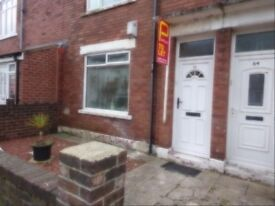 to rent in blyth 1 bed newly decorated ground flr flat furnished £350pcm