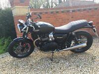 Stylish Triumph Street Twin Motorbike For Sale