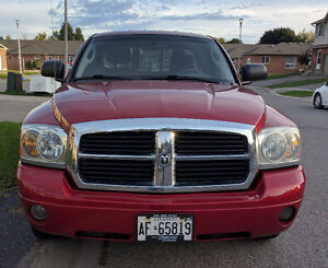 2006 Dodge Dakota SLT Pickup Truck