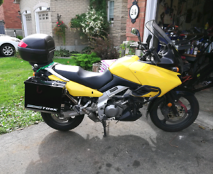 2003 Suzuki VSTROM LOADED !! Priced to sell !