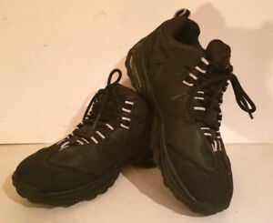 HARLEY-DAVIDSON Ladies Black Running/Canvas Shoes Sz 9 EUC!!!