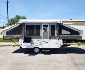 ** 2015 FLAGSTAFF 10FT LIKE NEW***