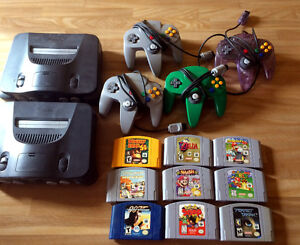 NINTENDO 64 LOT 2 CONSOLES 2 SYSTEMS 4 CONTROLLERS TONS OF GAMES