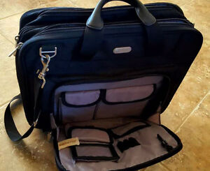 laptop travel bag, used few times, clean and new
