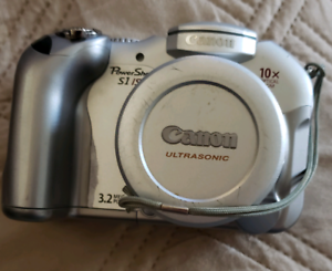 Canon PowerShot S1 IS 3.2MP Digital Camera with waterproof case