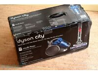 Dyson DC26 Multi Floor Bagless Cylinder Vacuum Cleaner in full working condition