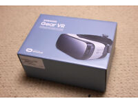 Samsung Galaxy 360 Gear VR Headset in the original box. Use with Galaxy (S6 S7)(edge/edge +), Note5