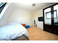 Lovely room in Trinity Gardens 3 minutes walk from Brixton tube *Must See*