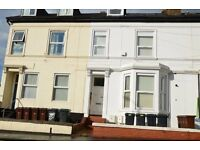 REGIONAL HOMES ARE PLEASED TO OFFER: MODERN 2ND FLOOR 1 BED APARTMENT, NEW HAMPTON RD, WOLVERHAMPTON