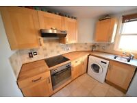 Foster&Edwards are proud to present this lovely 2 bed flat only 10 mins to Clapham Junction station