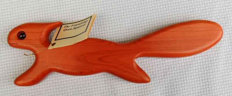 Made-in-the-USA Wood Friendship Oven Squirrel