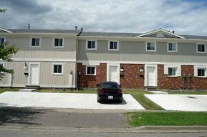 CREEKVIEW ESTATES TOWN HOMES - New Remodeled 3 Bedroom Homes Thunder Bay Ontario image 4