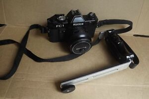 FS: Konica 35 mm Film Camera with a 50 mm Lens and Carrying Bag