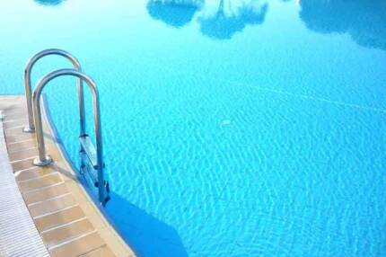 Free accomodation with pool