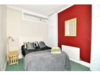 A lovely double room based in a friendly houseshare available now ***** 2 WEEKS DEPOSIT ONLY *****