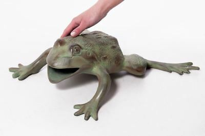 Vintage Pale Green Giant African Clawed Frog Garden Sculpture Garden Ornament