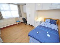 Single Room with its own kitchenette. Bills included except electricity. N1 Islington,Hackney