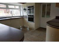 4 bedroom house in Oakhill Road, Dronfield, S18