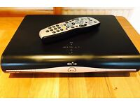 Sky HD+ Box, remote & power cable