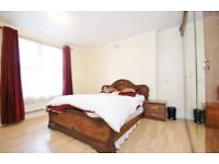 VERRY NICE ROOM TO RENT __ Shepherd's Bush Market Station 5 min walk