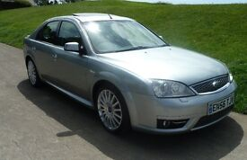 Ford Mondeo ST 220 TDCi 2.2 diesel. Facelift model, 6 Speed manual, Ford glass sunroof.