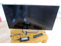 Sony Bravia KDL-32R433B 32inch 1080p HD LED LCD Internet TV with remote & stand & instructions