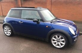MINI COOPER PANORAMIC ELECTRIC ROOF LEATHER TRIM KENWOOD STEREO WITH BLUE TOOTH AND AUX MINI COOPER