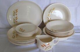 22 piece Barker Brothers Royal Tudor fine china dining set, vintage original in excellent condition