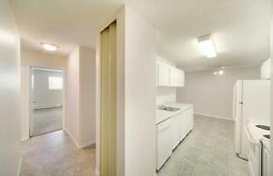 FREE RENT - Great Location Close to Public Transit & Parks!