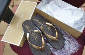 Michael Kors MK sandals Size 8 Flats Designer Shoes