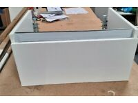 White Single Drawer Vanity Unit Soft Close Drawer Wall Mounted With Fixings