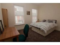 ** University of Liverpool** Room for Rent in a 5 Bedroom Modern House.
