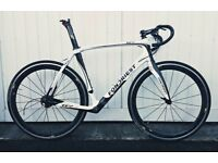 Stunning Fondriest TF2 Italian carbon bike frameset and FSA Carbon bars/stem