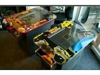 Retro arcade machine.cocktail table