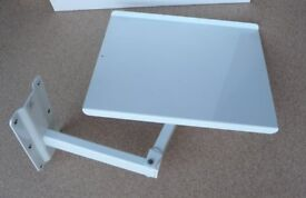 ADJUSTABLE WALL MOUNTED SWING SUPPORT STAND SUITABLE FOR TV / MONITOR / SPEAKER HEAVY WALL BRACKET