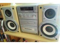Panasonic SA-PM30MD MiniDisc / CD / Radio Hi-Fi Bi-Amp Stereo System